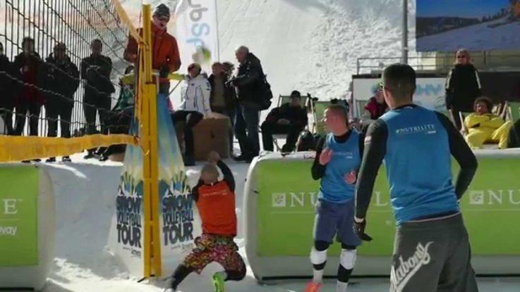 SNOWVOLLEYBALL